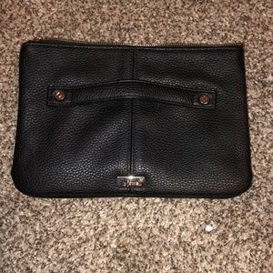 Jewell by Thirty-One Clutch